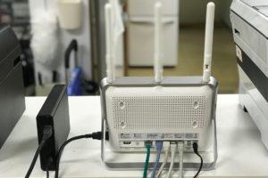「NAS」としてハードディスクを活用。USBポートが付いている無線LANルーターなら簡単